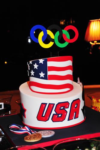 olympic-groom's-cake
