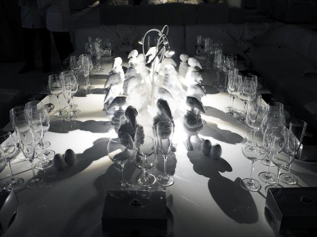 acrylic-wedding-white-lighting